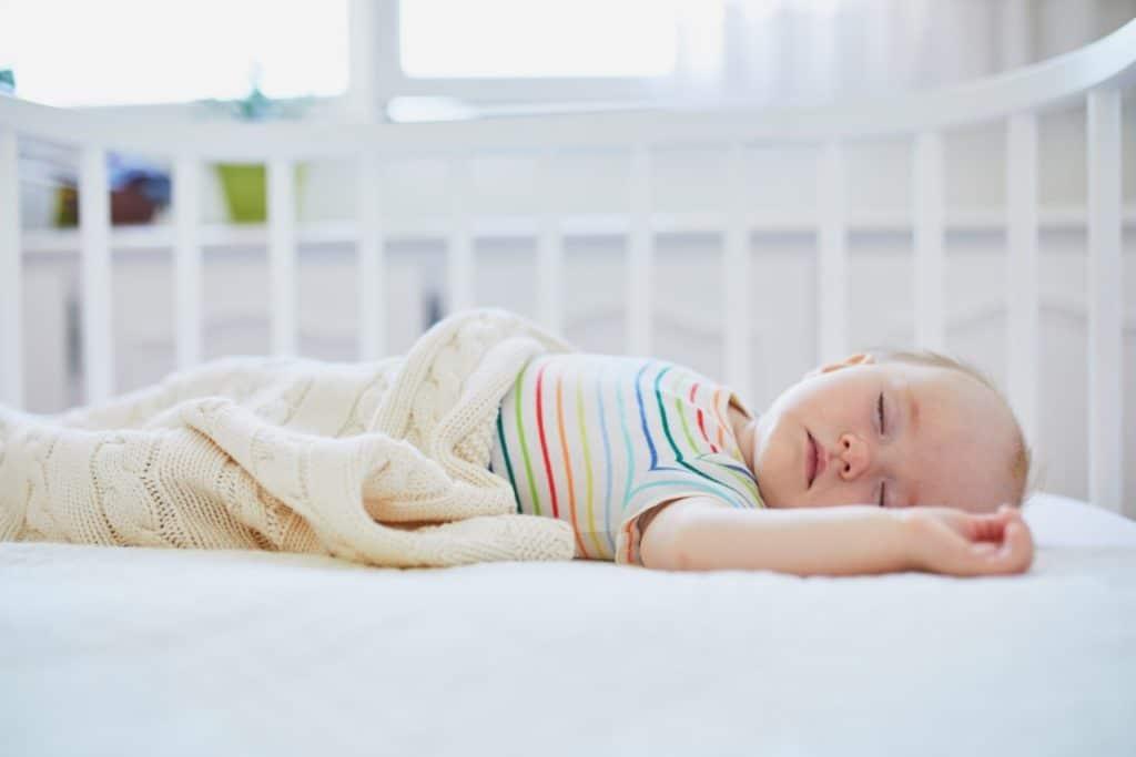 apnee-sommeil-bebe-symptome