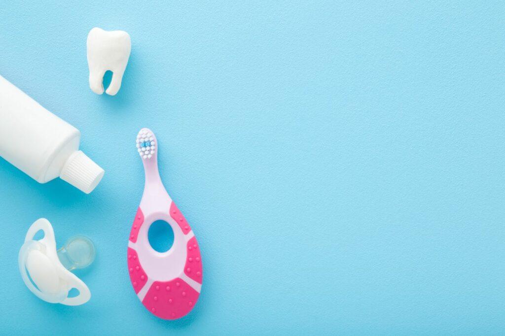 La sucette orthodontique est une bonne alternative à la tétine classique