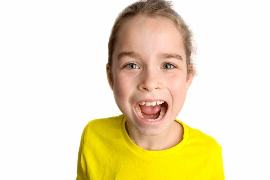 Que faut-il savoir sur les molaires des dents de lait ?
